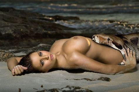 Naked Man Eaten By Snake Vore Porn Pic Bruna | CLOUDY GIRL PICS