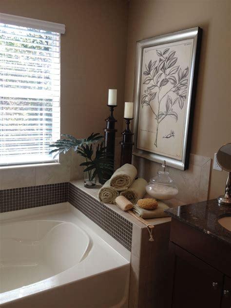 30 diy bathroom wall decor ideas … Best 25+ Bath tub decor ideas ideas on Pinterest | Diy bathroom decor, Diy wall decor for ...
