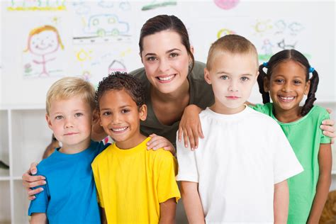 aaa scholarship foundation has florida scholarships 268 | bigstock group of preschool kids and te 14764592