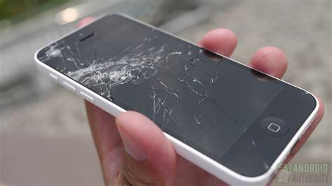 broken iphone 5s iphone 5s vs 5c drop test is apple s plastic better
