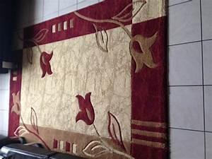 tapis bordeaux et beige design decoration j39annonce With tapis bordeaux et beige