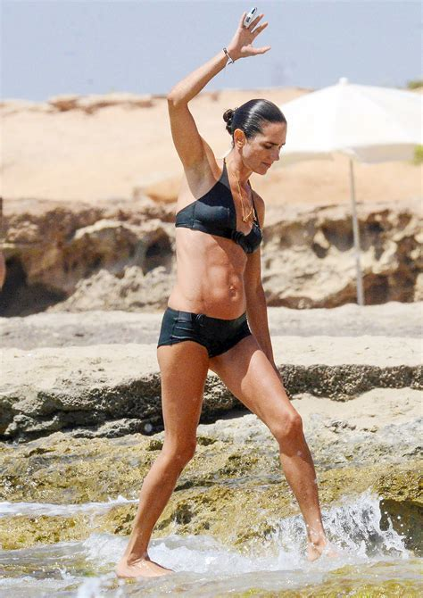 Jennifer Connelly Works Her Incredible Abs in ******: Photos