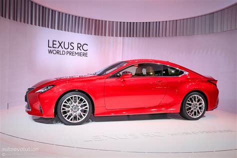 2019 Lexus Rc 300h Seems Lonely In Paris Autoevolution