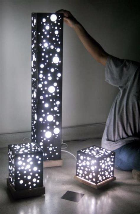 astonishing ways  diy   christmas lights
