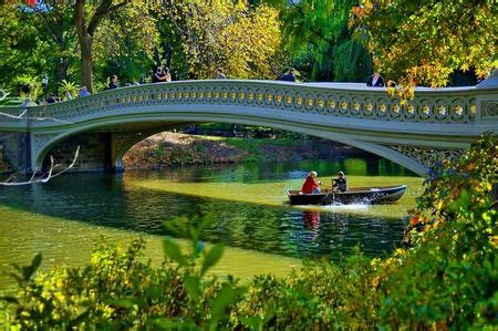Paddle Boating Central Park Nyc by Row Boats In Central Park Shayne Took Me On A Row Boat