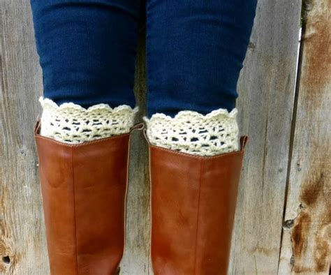 lacy scalloped crochet boot cuff pattern skip   lou