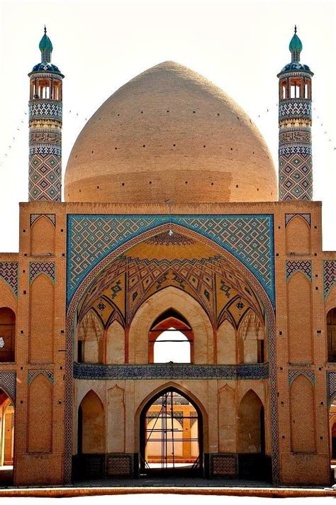 Loading...   Persian architecture, Beautiful mosques ...
