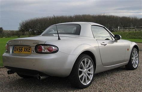 Mazda MX5 Roadster Coupe 2006 Road Test