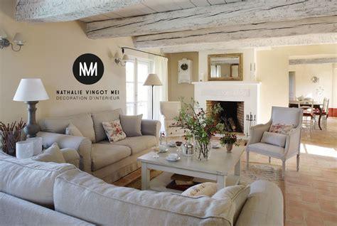 maison et decoration decoration decoratrice provence salon en 2019 decor