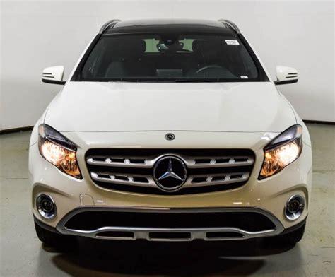 Discover the sleek and sporty gla suv. 2018 Mercedes-Benz GLA 250 4MATIC SUV | Cirrus White U15425