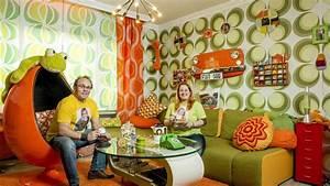 Familie Fletzoreck Lebt Komplett Im Seventies Look Wir