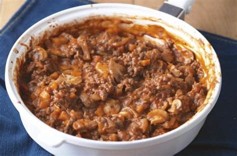 cottage pie basic recipe basic mince recipe goodtoknow