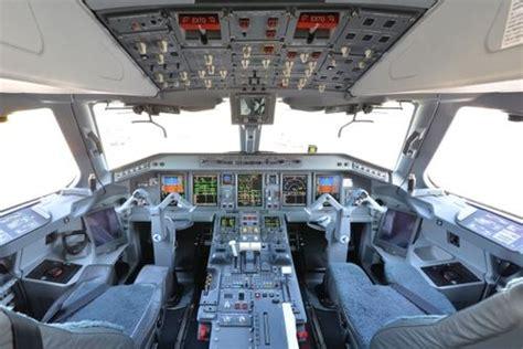 aua  embraer simulator  wien austrian wings