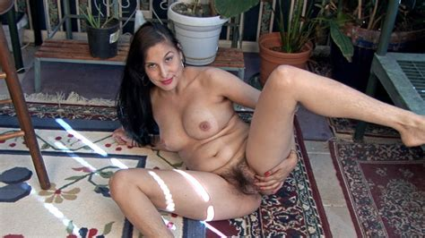 Lucy Dutch Strips Naked In Her Natural Garden