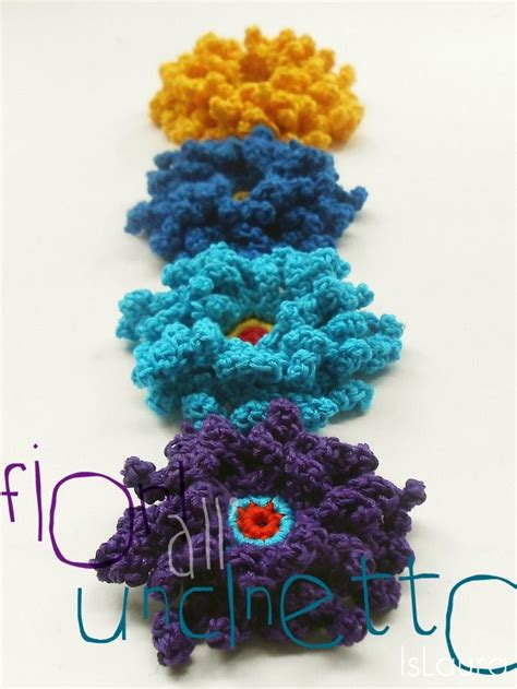 fiori fatti a uncinetto fiori colorati all uncinetto tutorial pattern in italian