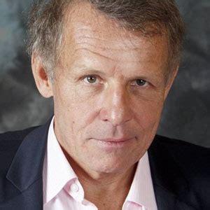 Patrick poivre, dit patrick poivre d'arvor, souvent surnommé ppda, est un journaliste et écrivain français. Patrick Poivre d'Arvor : Le journaliste français le mieux payé en 2020 - Médiamass