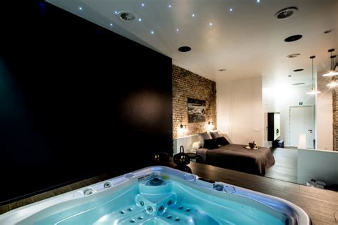 chambre jaccuzzi chambre privatif hôtel esperance 61