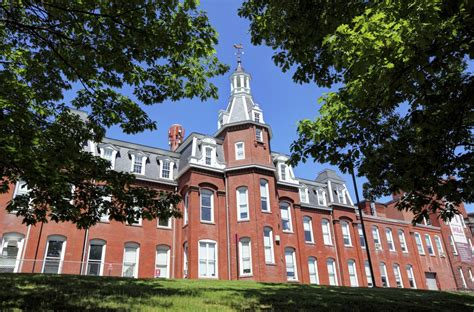 Worcester Polytechnic Institute Claims Rape Victim Shares