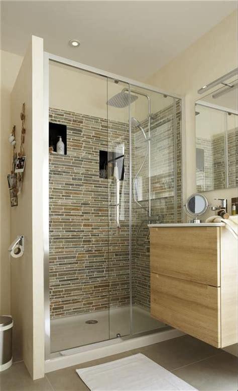 id 233 e pour 233 ventuellement cacher les toilettes derri 232 re le mur de la 224 gauche de la photo