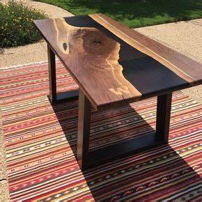 Table Resine Bois : resin river table en 2018 wood pinterest table resine epoxy y resine ~ Teatrodelosmanantiales.com Idées de Décoration