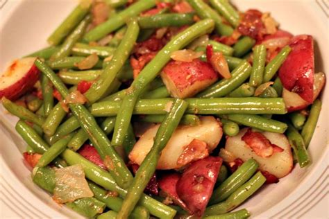 Do people decorate their homes? Southern Fancy Green Beans | Normal Cooking
