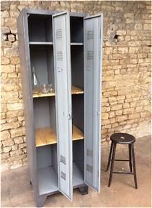 armoire 2 portes 350eur vente mobilier et meuble industriel With good meuble vestiaire d entree 13 meuble industriel decoration industrielle meuble de
