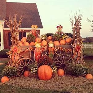 fall wagon decor fall outdoor decorations pinterest With how to decorate front yard for thanksgiving
