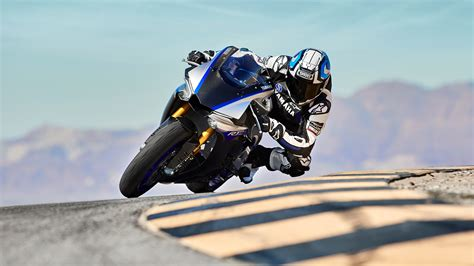 Yamaha R1m Hd Photo by 2018 2019 Yamaha Yzf R1 R1m Pictures Photos
