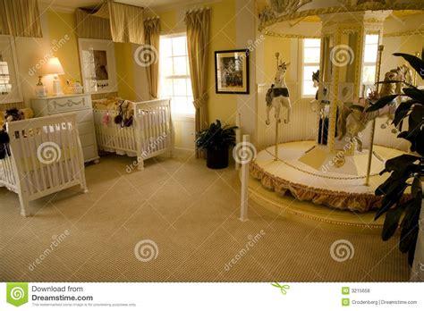 slaapkamer l baby slaapkamer 1632 van de baby stock foto afbeelding 3215658