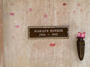 Marilyn monroe tomb photograph by jeff lowe for Kitchen cabinets lowes with wall art marilyn monroe