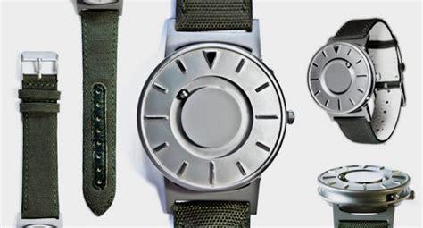 Magnet Watches For Blind People  Fubiz Media. Seamaster Watches. College Rings. Diamond Band Ring. Godmother Bracelet. 14 Carat Gold Ankle Bracelets. Simple White Gold Band. Nakshatra Diamond. Large Pendant