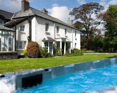 cottages with pool and tub exmoor cottages with a swimming pool or tub