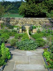 Traditional Kitchen Garden
