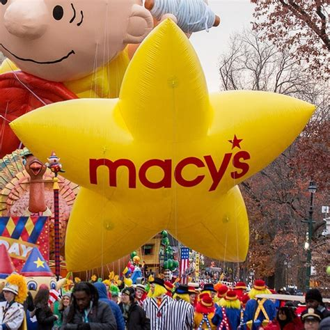 macys thanksgiving day parade    counting