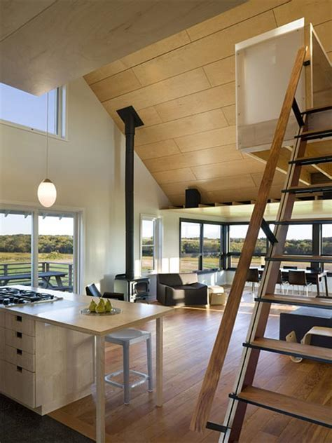 Yum Yum Farm: modern design in a rural landscape   Barn