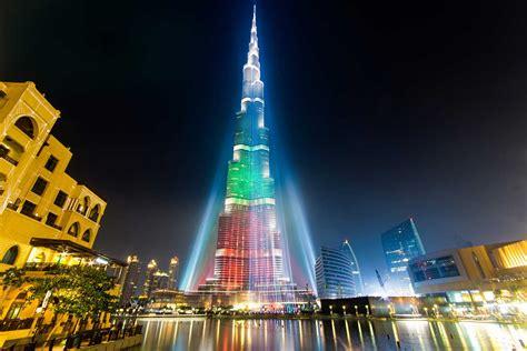 pepsi  lighting   burj khalifa  national day