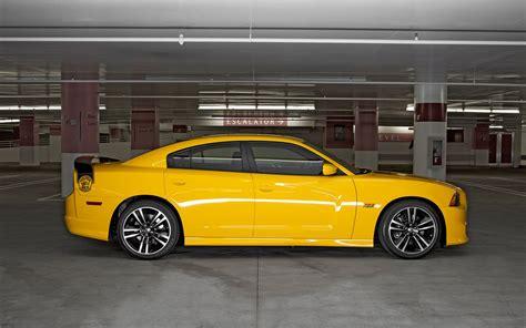 2012 Dodge Charger Srt8 Super Bee First Test