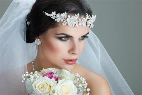 Wedding Accessories For Bridesmaids :  Wedding Shop Online, Decorations, Gifts