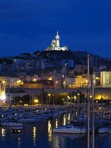 Livraison Marseille Nuit : vieux port de par le monde ~ Maxctalentgroup.com Avis de Voitures