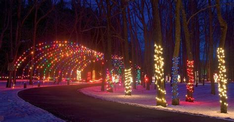 fort st clair christmas lights fort st clairs whispering christmas