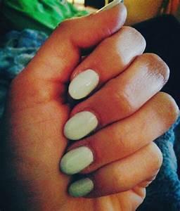 round acrylic nails | Hair & Beauty | Pinterest
