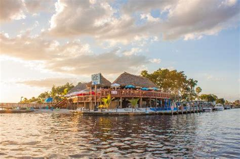 Boat House Tiki Bar And Grill by Boat House Cape Coral Picture Of Boathouse Tiki Bar And