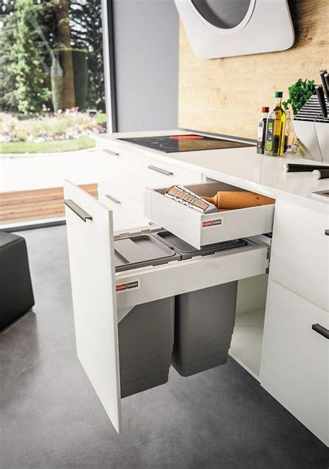 meuble cache poubelle cuisine 17 best ideas about armoire cuisine on armoire