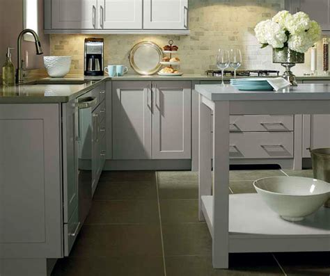 light grey kitchen cabinets kemper cabinetry
