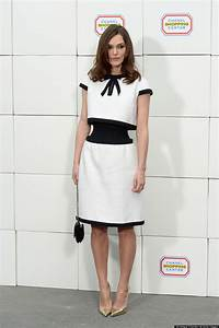 Keira Knightley Chanel : keira knightley 39 s chanel illusion dress plays tricks on our eyes ~ Medecine-chirurgie-esthetiques.com Avis de Voitures