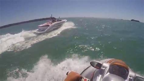Jet Boat Vs Jet Ski by Seadoo Speedster 200 510 Hp Vs Seadoo Rxt X 255 Hp