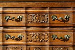 Rolle Zum Streichen : anstreichen das streichen der w nde decken fenster oder m bel mit pinsel rolle und ~ Orissabook.com Haus und Dekorationen