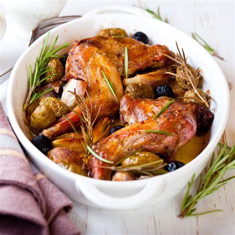 romarin cuisine recette lapin aux oignons nouveaux et au romarin