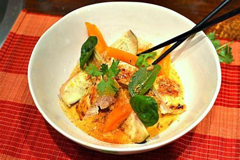 cuisine au wok poulet poulet au curry thaï au lait de coco la recette