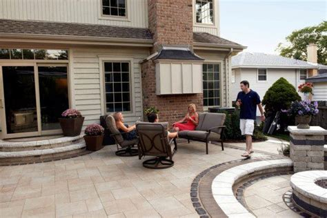 series 3000 unilock umbriano patio with courstone and series 3000 banding photos